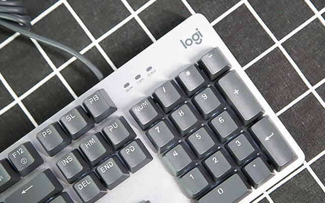 價格親民 | 羅技K845背光機械鍵盤,指尖美物。