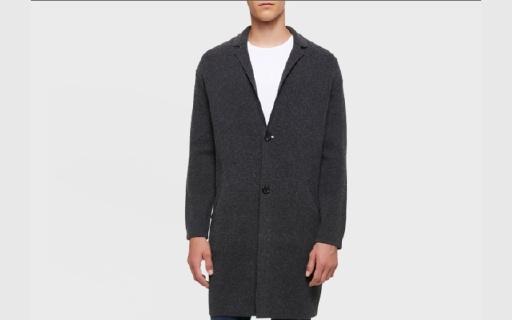 Calvin Klein針織衫:羊毛面料細膩柔軟,簡潔修身休閑優雅