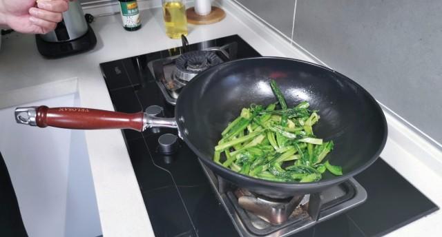 买口好锅造福全家人的健康 | VELOSAN韦诺森德国熟铁锅