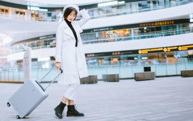 ?#28304;?#32593;红博主范的旅行潮物,TUPLUS途加铝框行李箱体验