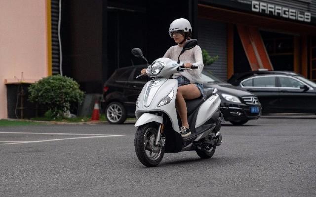 城市通勤小能手,宗申MO悅踏板摩托車騎行體驗