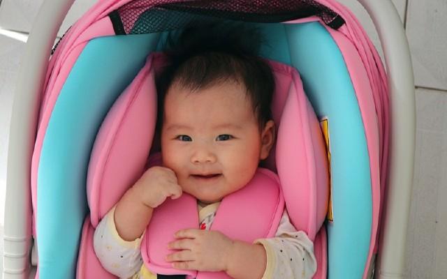 更安全更放心,可供多場景使用的嬰兒安全座椅