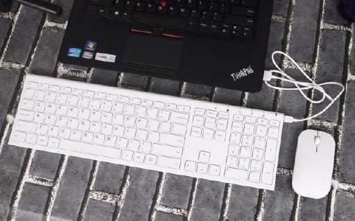顏值出眾+靜音操作,或許你需要就是這么一款鍵鼠套裝 — 航世 無線充電鍵鼠套裝輕體驗