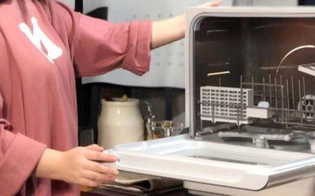 代表月亮,洗碗!——小月亮台式洗碗机测评