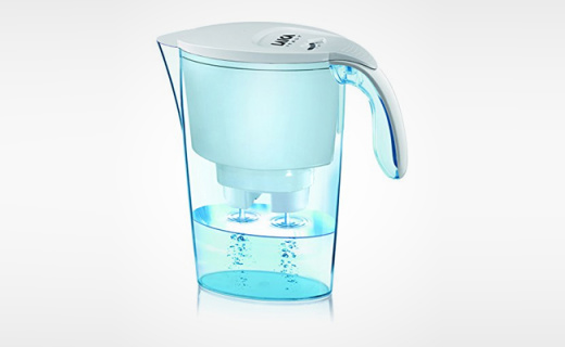 莱卡2.3L净水壶:专利滤芯除垢强劲,每一滴水都要纯净