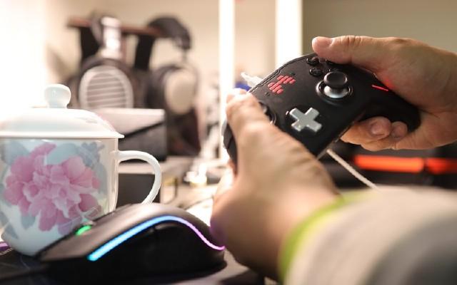 switch最強手柄現世:北通宙斯T6精英機械游戲手柄