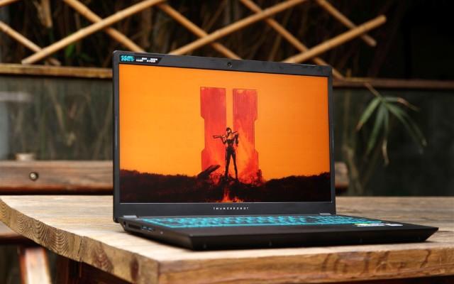 工作游戲都好用的筆記本:16.6英寸高刷電競屏,十代酷睿i7處理器!