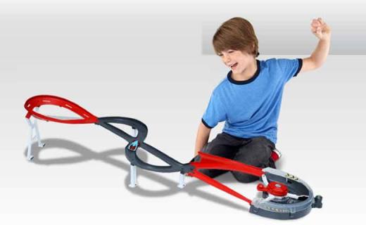 Hotwheels回旋賽道:酷炫跑道和賽車,培養寶寶專注力