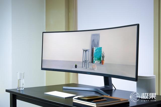 三星CHG90带鱼屏显示器图赏:画质出色,视觉震撼的吃鸡神器