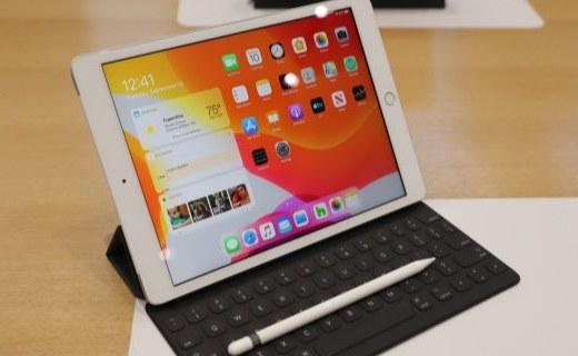 10.2英寸全新iPad上手體驗:這組合越來越像一臺電腦了......