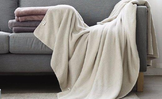 網易嚴選素色暖絨蓋毯:100%暖絨材質,溫暖舒適觸感細膩