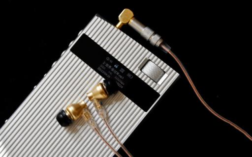 只为致敬情?#24120;?#36825;可能是2017最独特的播放器 — 学林 H6 HiFi音乐播放器评测
