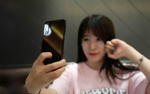 带上vivo这款拍照神器,与Cassie小姐姐一起走访北京网红拍照地