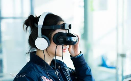 黑科技VR觀影一體機,讓千度近視不帶眼鏡看大片