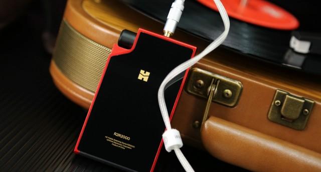 與旗艦播放器爭輝的紅衣太子:HIFIMAN R2R2000