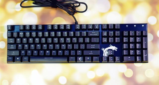 高配?#22270;鄢约?#39318;选,灯光?#29275;?#23429;男必备外设——微星GK50+GM20电竞键鼠套装评测