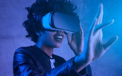 VR技术的革新!除了视觉体验,未来还将拥有更加真实的触觉反馈