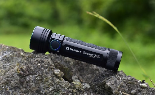 「體驗」傲雷探索家II  pro,一款追求人性化的手電筒