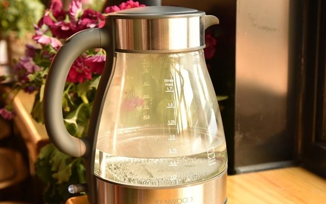 水壶界的颜值担当,KENWOOD玻璃电水壶万博体育max下载