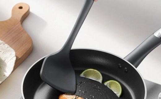 拉歌蒂尼鈉伯硅膠中式鏟:食品硅膠材質安全環保,工學手柄抓握舒適