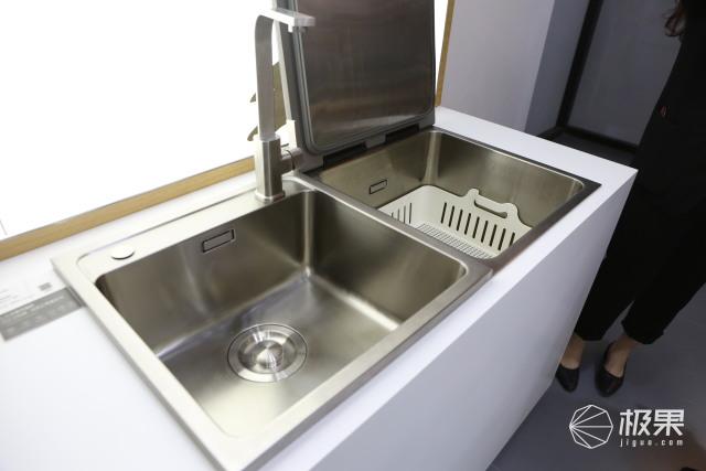 论厨电正确打开方式!方太推出四款智能厨具,从里到外都安排上了