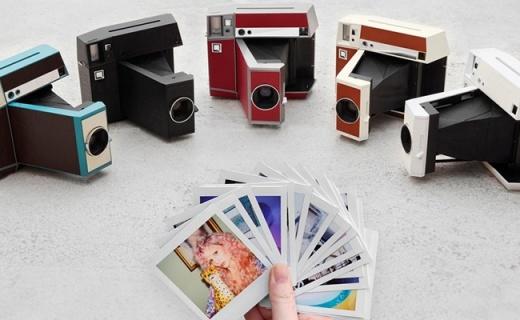 满满复古感!LOMO推出折叠式拍立得相机