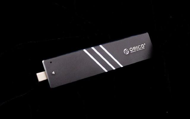自帶接口,徹底擺脫數據線|ORICO固態硬盤盒體驗