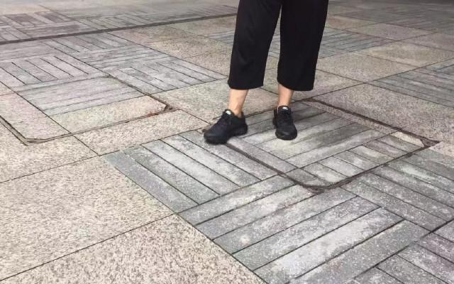 一雙大小通殺的跑鞋-ONEMIX玩覓