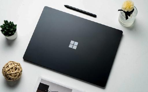 """微軟親兒子被AMD""""坑慘""""!萬元筆記本竟是殼子貨,摸完嫌棄哭……"""