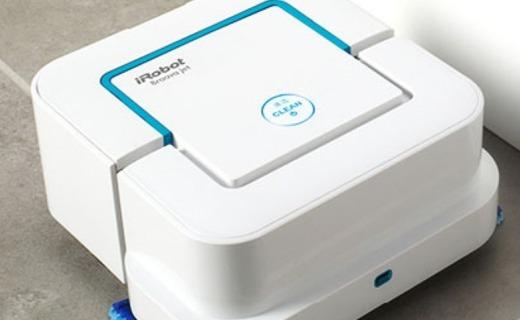 艾羅伯特擦地機:噴水式擦地高效快捷,小巧身型設計