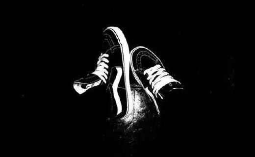 黑不溜秋的Vans鞋,為啥能火半個世紀?