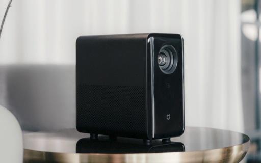 米家投影仪发布:3秒自动对焦,最大投射120英寸画面