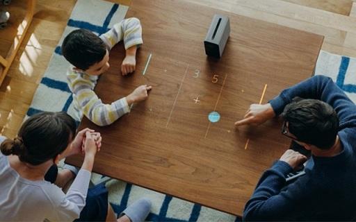 索尼大波新品发布,3款新手机黑科技投影齐亮相