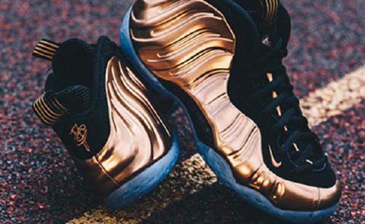 耐克Air Foamposite篮球鞋:亮骚金属感外形,发泡材料脚感舒适
