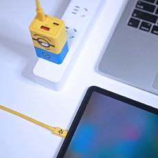 集顏值與實力于一身,體驗努比亞65W小黃人氮化鎵充電器