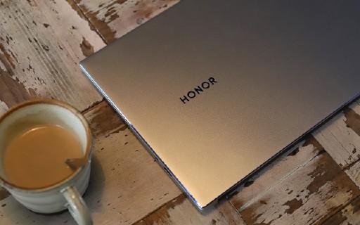 榮耀MagicBook 14體驗:再升級!更薄、更強、更長