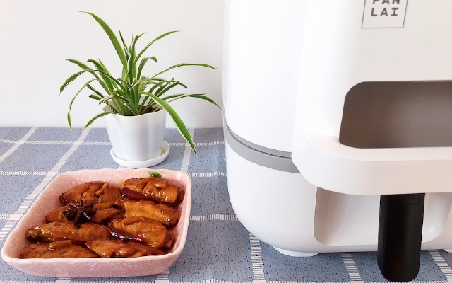 無需廚藝,從做菜小白到美食大廚,只因為有這款飯來自動炒菜神器