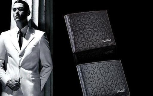 Calvin Klein男士錢包:柔軟真皮觸感舒適,超值優惠手慢無