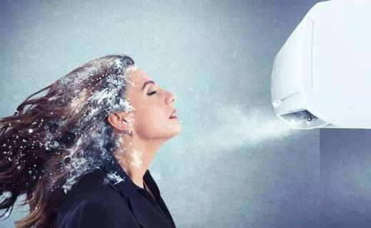 格力壁掛式空調:節能變頻快速制冷,智能除濕又靜音