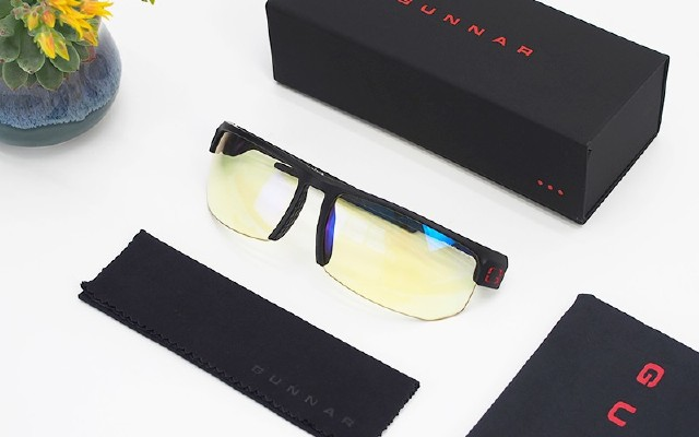 殺敵一千·無需自損八百-光納TORPEDO防藍光電競眼鏡評測