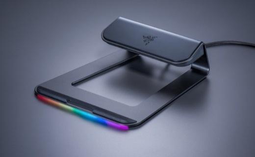 「新东西」雷蛇推出幻彩笔记本支架,配备USB 3.0接口,支持RGB灯效