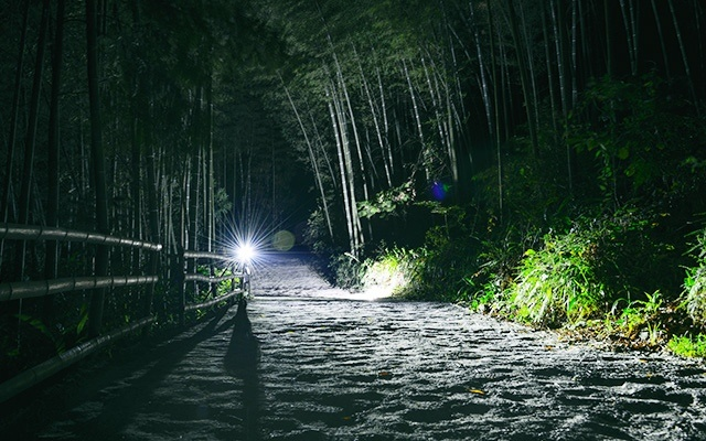 山人 GPS 智能碼燈,助你征服漆黑的盤山路 | 視頻