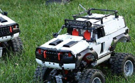 「新東西」大男孩的玩具?小米眾籌上架智能積木越野四驅車
