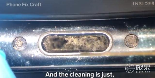"""巴掌大小""""洗衣机""""诞生!2分钟清洁AirPods,过程看着太爽了..."""