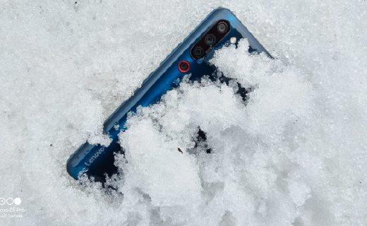 「北极VLOG」暴爽虐机测试!砸冰埋雪撸直升机,这台旗舰A爆了