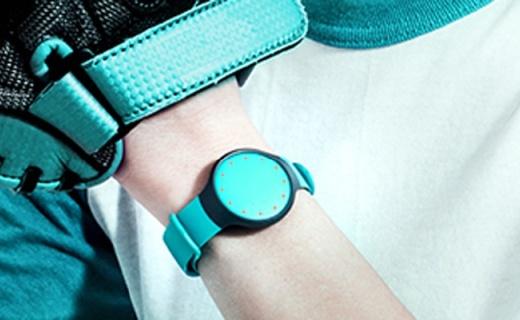 Misfit flash智能手環:實時查看運動數據,還能同步微信聽音樂