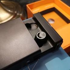 小逗號N2耳機,超輕可充電的隱藏式耳機