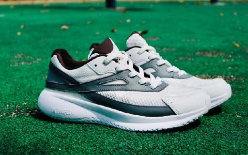 适合逛街穿的全掌碳板跑鞋,Pensole碳板跑鞋万博体育max下载