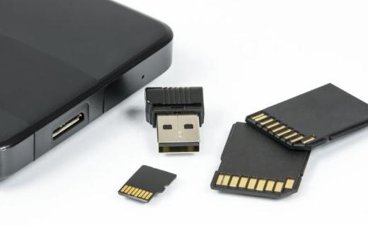 美光、闪迪推出1TB microSD卡,售价3000元
