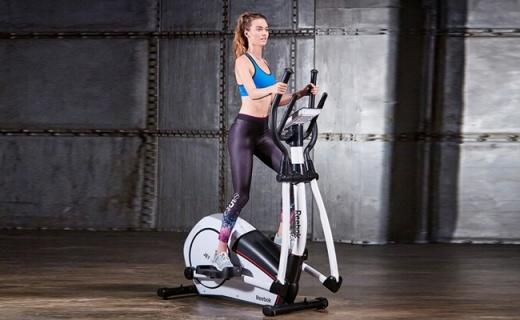 銳步JET100E橢圓機:電磁阻力調節,零沖擊避免跑步膝